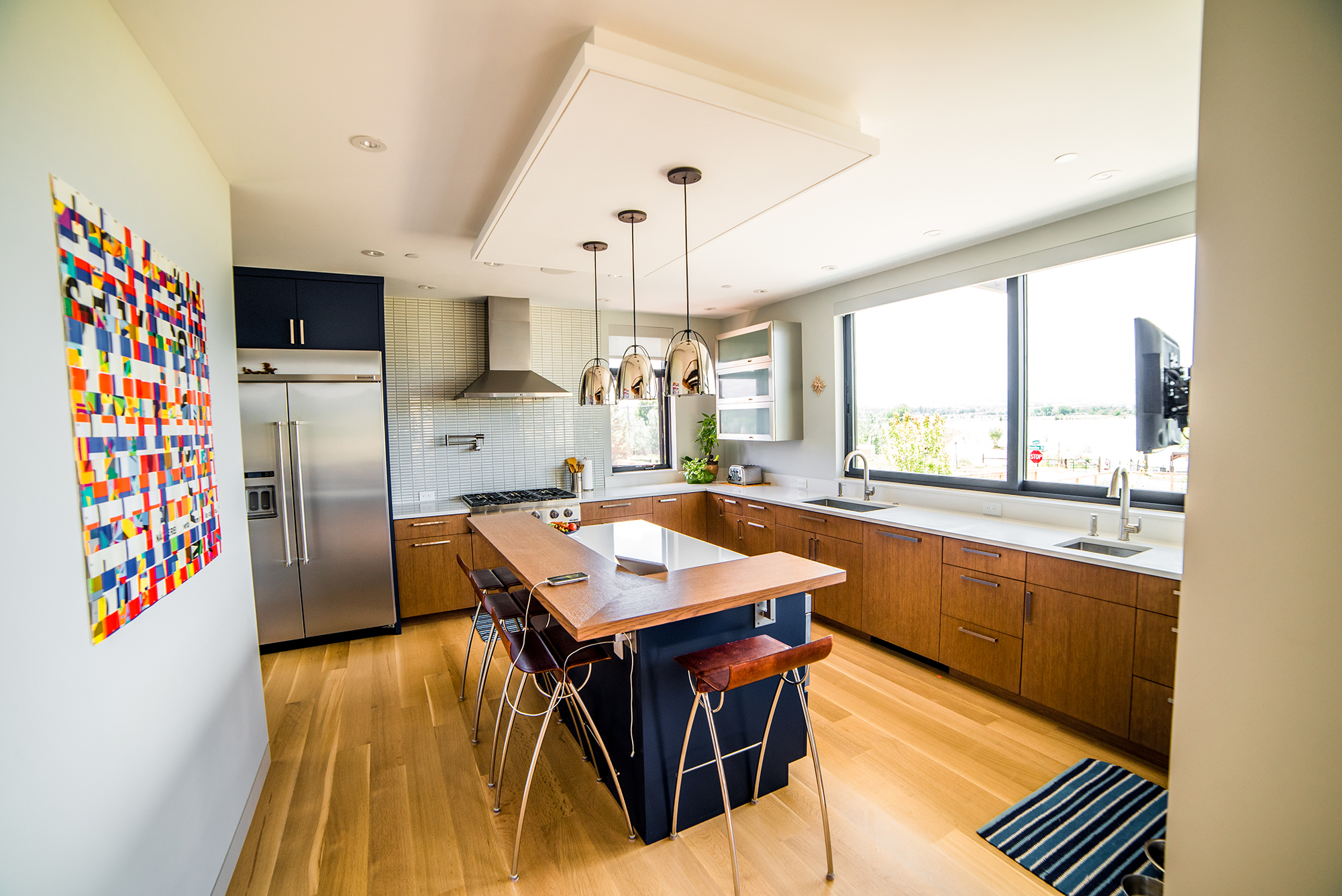 Lakeview Kitchen with island
