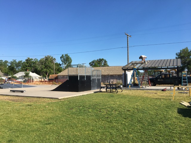 Cottonwood Custom Builders constructing the skate park roof